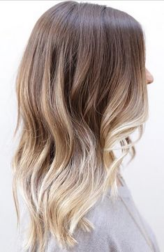 50 evidence that anyone can pull off the blonde ombre hairstyle .- 50 Beweise, dass jeder die blonde Ombre Frisur abziehen kann – Neue Damen Frisuren 50 evidence that anyone can pull off the blonde ombre hairstyle it off - Sombre Blond, Blond Ombre, Blonde Balayage, Ombre On Brown Hair, Bayalage Light Brown Hair, Brunette Highlights, Color Highlights, Brown Blonde, Balayage Highlights