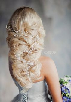 Long Wedding Hairstyles & Bridal Updos via Elstile / http://www.deerpearlflowers.com/long-bridesmaid-hair-bridal-hairstyles/6/