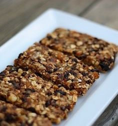 Paleo snacks--gives a list of recipes--pick what you like.