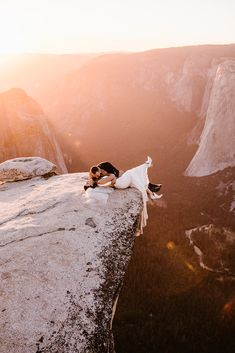 Ailsa married Austin in a modern and romantic lace Katie May wedding dress that was the most perfect wedding dress for their sweet elopement in the Yosemite. Elope Wedding, Dream Wedding, Wedding Tips, Wedding Ceremony, Budget Wedding, Wedding Bride, Wedding Dresses, Horse Wedding, Modest Wedding