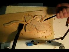 How to carve a simple flower - YouTube