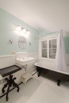 Overland Trail - Traditional - Bathroom - Denver - HighCraft Builders