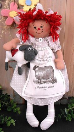 Sewing Crafts, Sewing Projects, Diy Crafts, Craft Patterns, Baby Patterns, Baby Lamb, Raggedy Ann And Andy, Primitive Folk Art, Diy Christmas Gifts