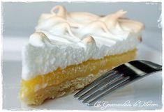 """750g vous propose la recette """"Tarte au citron meringuée"""" publiée par Les Gourmandises de Titenoon."""