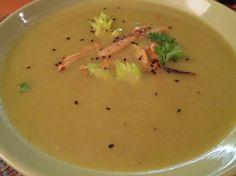 Fotorecept: Kari polievka zo stonkového zeleru
