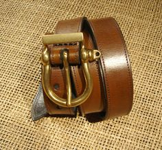 LEATHER HANDMADE BELT by PACOSASTRE