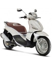 When a overtakes the best to give you the maximum… Piaggio Scooter, Yamaha Scooter, Scooter Motorcycle, Vespa, Scooters, Peugeot, Vehicles, Models, Mini