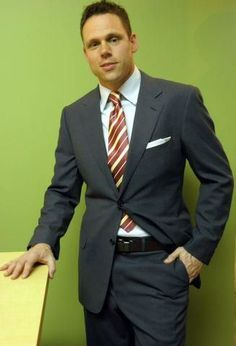 KJ in his Zegna suit and Cantini tie.