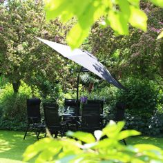 Fancy some shade? Our new comfort range with clean easy texteline fabric