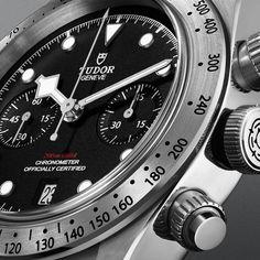 Echoing the earliest TUDOR chronographs, the TUDOR Black Bay Chrono has also a date function placed at 6 o'clock on the dial. #Baselworld2017 #BBChrono #BlackBay #Tudorwatch #BornToDare