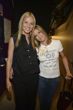Pin for Later: So Many Stars Came Together to Support Stand Up To Cancer Gwyneth Paltrow and Jennifer Aniston