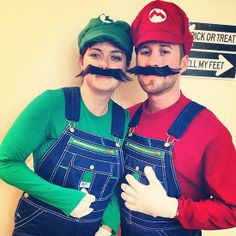 101 Costumes to DIY on the Cheap Mario and Luigi Be the ultimate dream team this Halloween. What you need to do: Get dungarees, fake moustaches, white gloves, a train hat, and red and green shirts. Warm Halloween Costumes, Easy Diy Costumes, Homemade Costumes, Diy Halloween Costumes, Costume Ideas, Cheap Halloween, Group Halloween, Halloween Stuff, Zombie Costumes