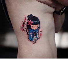 But a normal face Dope Tattoos, Mini Tattoos, Small Tattoos, Tatoos, Geisha Tattoo Design, Geisha Tattoos, Kokeshi Tattoo, Japanese Tattoo Art, Make Tattoo