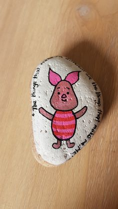 DIY Painted Rocks With Inspirational Design Ideas 49 Stone Painting, Diy Painting, Pebble Painting, Rock Crafts, Arts And Crafts, Stone Crafts, Diy Crafts, Painted Rocks Kids, Painted Stones