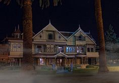 Most Haunted Places in the World - Bing Images Scary Places, Haunted Places, Places To Visit, Winchester Mystery House, Places In California, Thing 1, Most Haunted, Historic Homes, Around The Worlds