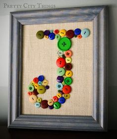 DIY Button Art for baby initial Kids Crafts, Cute Crafts, Crafts To Do, Arts And Crafts, Paper Crafts, Canvas Crafts, Sewing Crafts, Sewing Projects, Craft Projects