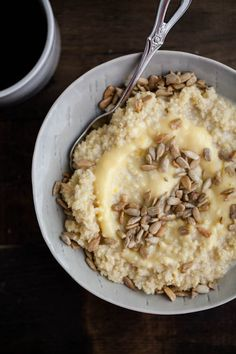 Millet Porridge with Lemon Curd and Sunflower Seeds.The Lemon Curd bit might just trick me into eating my porridge in the morning :) Savory Breakfast, Sweet Breakfast, Breakfast Bowls, Breakfast Porridge, Brunch Recipes, Breakfast Recipes, Breakfast Ideas, Cooking Recipes, Healthy Recipes