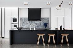 Monotone kitchen design  I Décor Aid
