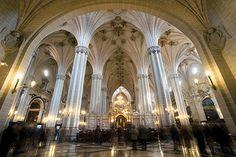 """La catedral de San Salvador, conocida como """"La Seo""""en Zaragoza"""