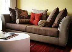 Couch Pillows To Select Decorative Sofa Best Throw