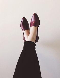 Shoes: Madewell https://www.madewell.com/browse/single_product_detail.jsp?PRODUCT%3C%3Eprd_id=845524441767083&FOLDER%3C%3Efolder_id=2534374302025161&nav_type=PRMNAV&bmUID=kbTj_zL