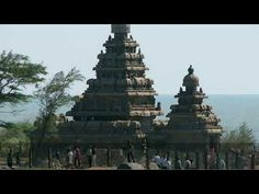 Shore Temple ,Mahabalipuram / Top things to do in Tamil Nadu Stuff To Do, Things To Do, Bay Of Bengal, Tourist Places, Burj Khalifa, Temple, World, Top, Travel