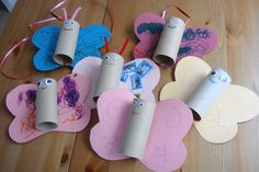 Loo roll butterflies. Easy fun craft idea to do with kids - provided that you can restrain yourself from trying to make your three year old colour the wings symetrically.
