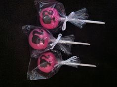 Barbie cakepops