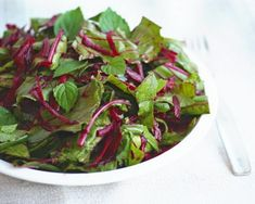 Beet the Heat and Mint Salad is a perfect quick summery salad you'll love. #vegan #grainfree #Paleo @rickiheller Gluten Free Grains, Gluten Free Recipes, Nut Free, Grain Free, Make Ahead Meals, Easy Meals, Delicious Vegan Recipes, Healthy Recipes, Anti Candida Diet