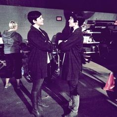 Ginnifer Goodwin on Twitter: There are 19 days til the season 3 premiere of #OnceUponATime. And so I ask you: Which b*tch is which?