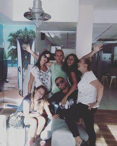 After work!!! #amigos #birras #blancosahara #lascanteras #grancanaria #relaxtime #bar #happyday #picoftheday #instalike #instapic #enjoy by tvistoasesoradeimagen