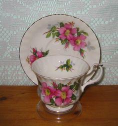 Royal Albert - Prairie Rose - Teacup Set