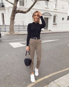 Cool spring outfits that will make you look cool 14 – wonders style Casual Work Outfits, Business Casual Outfits, Professional Outfits, Stylish Outfits, Casual Wear, Winter Fashion Outfits, Fall Winter Outfits, Spring Outfits, Autumn Fashion