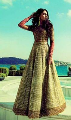 Sabyasachi Mukherjee Anarkali Frocks Designs 2013 For Girls 006