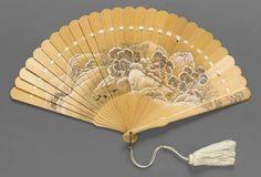 Court fan, late century Japan, MFA Boston-~All fans~>SJ~ Antique Fans, Vintage Fans, Hand Held Fan, Hand Fans, Painted Fan, Chinese Fans, Hanfu, Vintage Handbags, Fashion Accessories