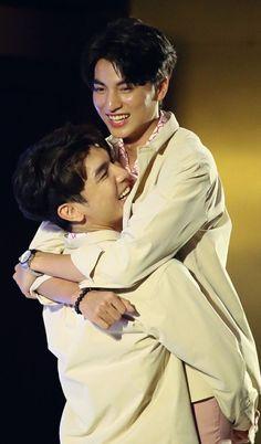 Handsome Actors, Cute Actors, Gay Aesthetic, Cute Asian Guys, Love Scenes, Cute Gay Couples, Thai Drama, Bts Chibi, Best Couple