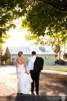 wedding at chatoe rogue - cool place