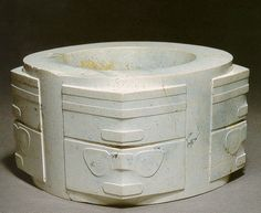 A Chinese Jade Cong,Liangzhu Culture during the Neolithic Period(c. 3300-2200 B.C.)︱中国玉琮,新石器时期良渚文化