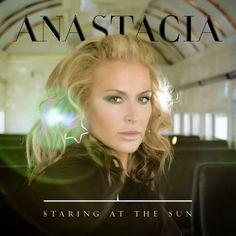 'Staring At The Sun' es el nuevo single de Anastacia