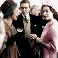 PrincessDianaAndKate (@the_Royalist1) on Twitter: Queen Elizabeth, Earl of Snowdon, Princess Margaret, 1960s