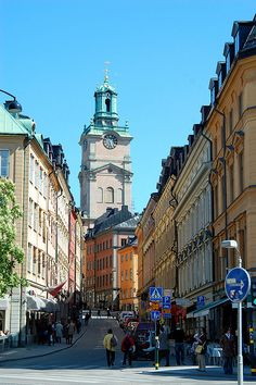 Stockholm, Sweden rep 2: Stockholm being spread over 14 different islands, contain several unique qualities. Stockholm is special for its elegance, specific architecture, historic buildings, and cobblestoned streets. It hold a center of future through the variety of design boutiques, cafes and restaurants, but also the royal palace and local churches.