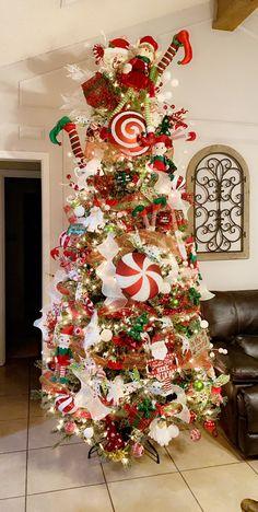Whimsical Christmas Trees, Ribbon On Christmas Tree, Xmas Trees, Grinch Christmas, Christmas Scenes, Christmas Tree Themes, Christmas Tree Toppers, Christmas Lights, Christmas Time