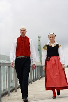 Virolahti Finland Culture, Folk Costume, Costumes, Traditional Dresses, Ancestry, Folklore, Lovers, People, How To Wear