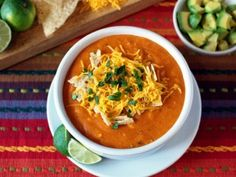 California Pizza Kitchen Sedona White Corn Tortilla Soup Low-Fat copycat recipe by Todd Wilbur - veggies, spices, broth, tortilla chips, optional toppings. Copycat Recipes, Gourmet Recipes, Mexican Food Recipes, Crockpot Recipes, Soup Recipes, Chicken Recipes, Healthy Recipes, Bbq Chicken, Detox Recipes