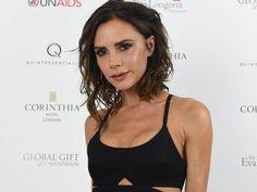 """Dass Victoria Beckhams Kollektion für den amerikanischen Textil-Discounter Target ein Erfolg werden würde, war klar. Wie das britische Portal """"Daily Mail"""" berichtet, war die günstige Modelinie der 42-Jährigen bereits wenige Stunden nach der Veröffentlichung am Sonntag ausverkauft."""
