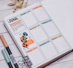 A weekly spread is a part of your journal where you do your day to day planning. Learn what weekly spread is, what to include there, and get inspired by 65 amazing weekly spreads. #mashaplans #bulletjournal #weeklyspread #weeklylog #bujoweekly