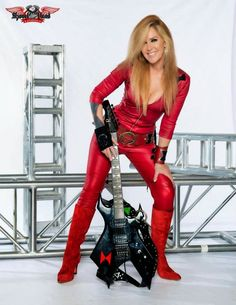 This is paul burns music: Lita Ford Rock Musician / Singer Fille Heavy Metal, Heavy Metal Girl, Lita Ford, Female Guitarist, Female Singers, Janis Joplin, Bon Jovi, Female Rock Stars, Rock And Roll Girl