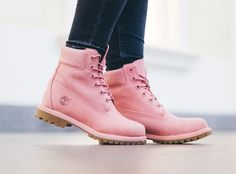 Przegląd zimowych butów - różowe workery
