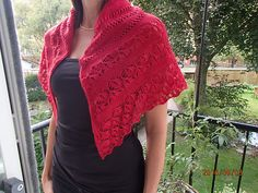 Ravelry: Poppy Seed Shawl pattern by Anne B Hanssen