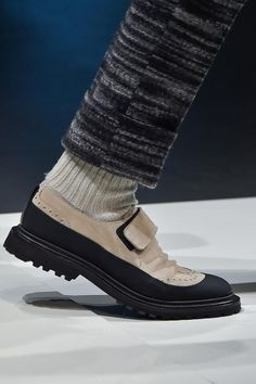 Detailed photos of Canali Autumn (Fall) / Winter 2015 men's Sock Shoes, Men's Shoes, Shoe Boots, Shoes Sneakers, Futuristic Shoes, Winter Sneakers, Elegant Man, All About Shoes, John Varvatos